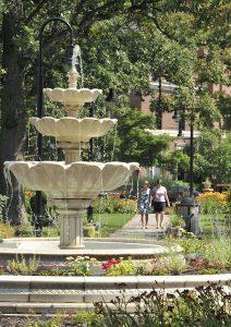Schoellkopf-Park-fountain-courtesy-Niagara-Falls-Memorial-Medical-Center