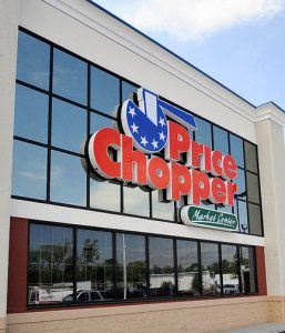 Exterior image of the new Price Chopper in Colonie, New York  May 30, 2009.(Skip Dickstein / Times Union)